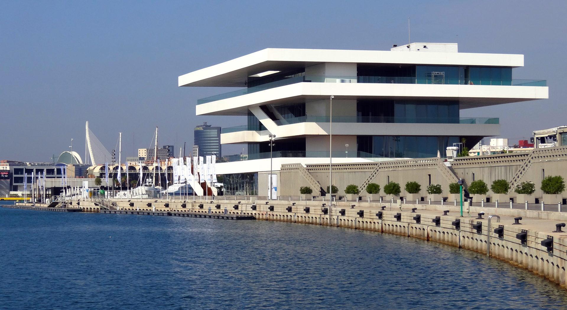 Marina Real Juan Carlos I Valencia